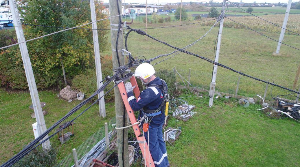 réalisation des accessoires pour câbles HTA à isolation synthétique
