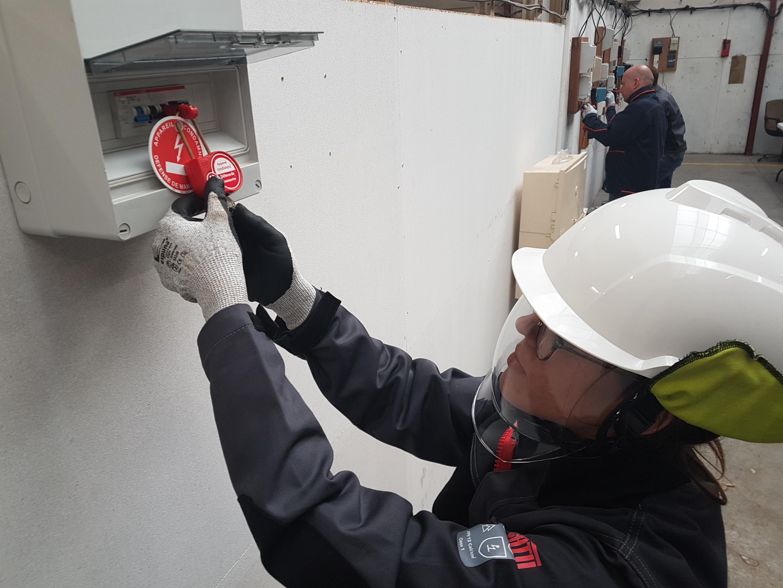 Formation habilitation électrique BS BE Manoeuvre